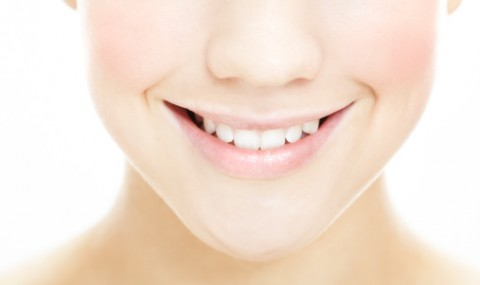 Teeth Whitening and Sore Gums